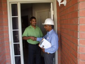 unique providers technician giving the report of progress to the customer